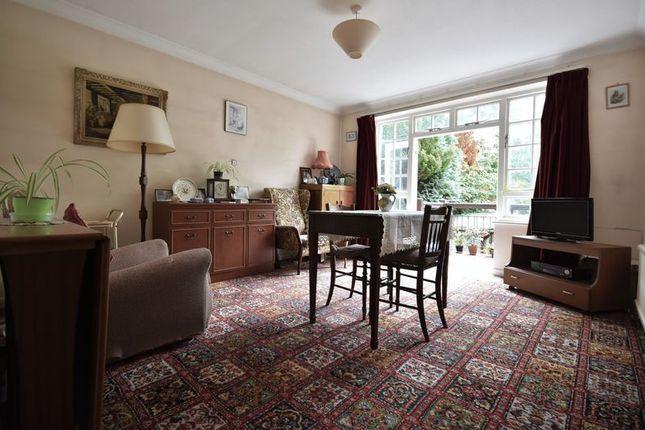 Photo 3 of Frensham, Farnham GU10