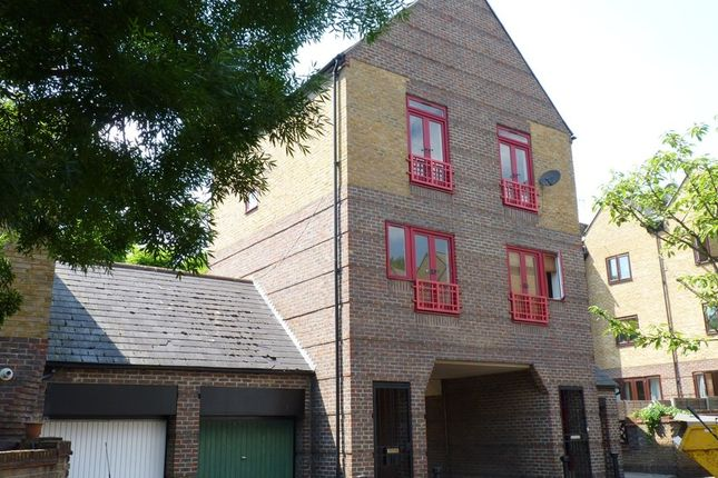 Thumbnail Town house to rent in Mayflower Close, London
