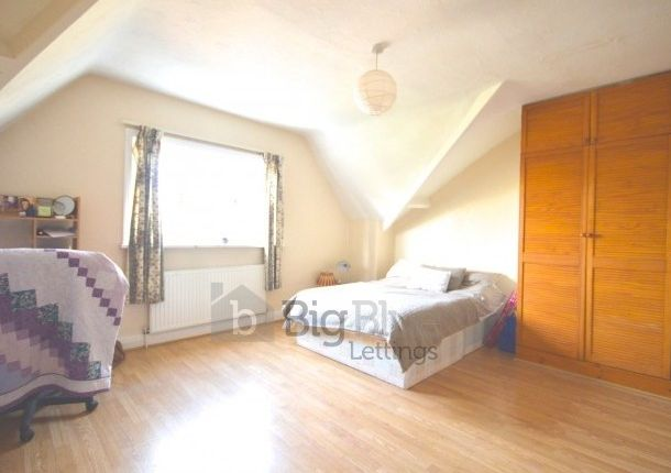 Thumbnail Terraced house to rent in 1 Hanover Square, Hyde Park, Five Bed, Leeds