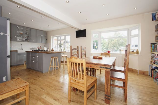 Thumbnail Detached house for sale in Blackfen Road, Sidcup