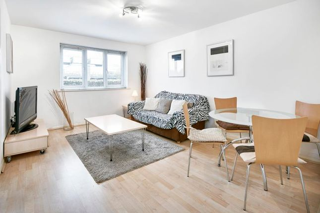 1 bed flat to rent in Short Let, Canary Wharf
