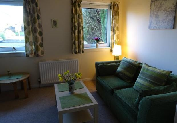 Thumbnail Flat to rent in Stuart Crescent, Corstorphine