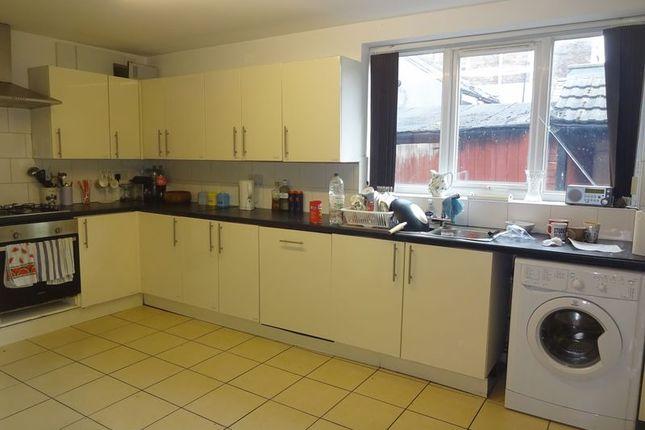 Thumbnail Shared accommodation to rent in Lenton Boulevard, Lenton, Nottingham