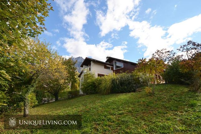 Villa for sale in Annecy, French Alps, France