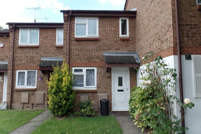 Thumbnail Terraced house to rent in Clivesdale Drive, Hayes