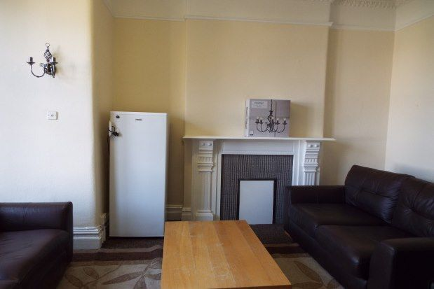 Thumbnail Property to rent in Gloucester Road North, Bristol