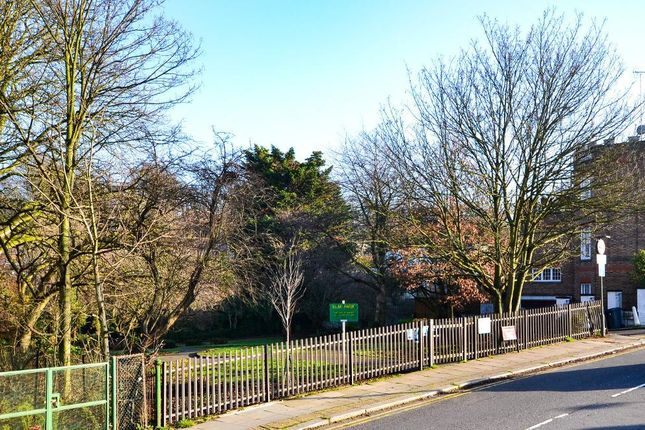 Photo 8 of Finchley Road, Childs Hill, London NW2