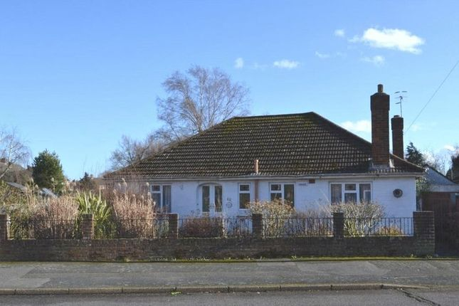 Thumbnail Bungalow for sale in Brookmead, Hildenborough, Tonbridge
