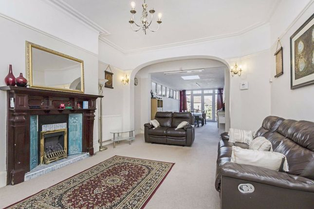 Thumbnail Flat for sale in Becmead Avenue, London
