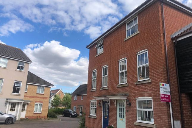 Thumbnail Town house for sale in Chaffinch Road, Bury St. Edmunds