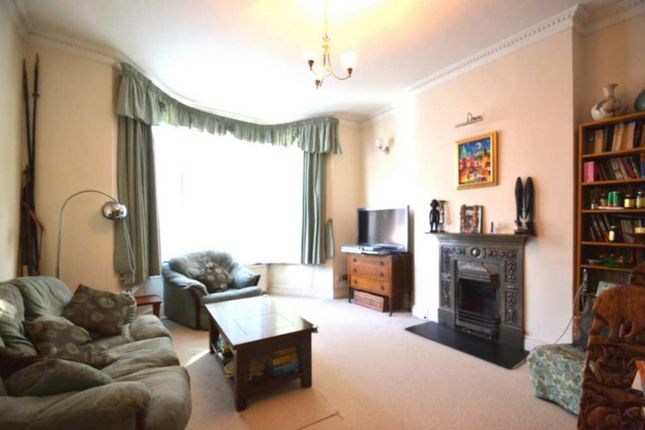 Thumbnail Flat for sale in Weltje Road, Hammersmith
