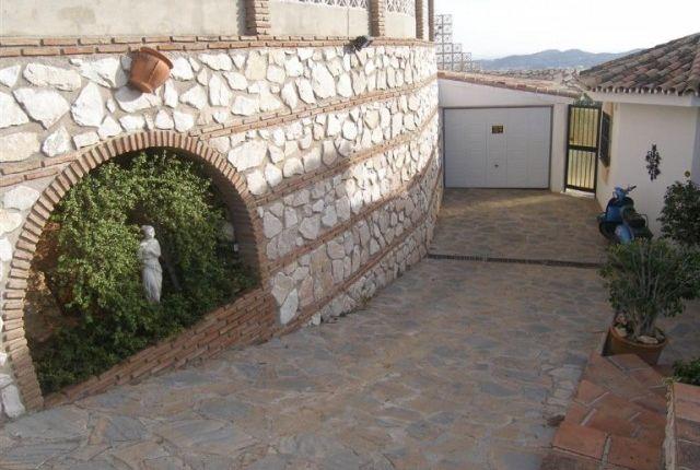 1 (3) Garage of Spain, Málaga, Mijas