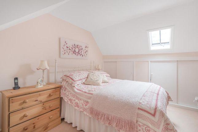 Bedroom of Bellingdon, Chesham HP5