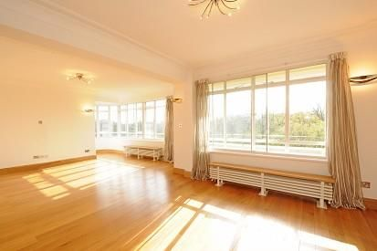 Thumbnail Flat to rent in Viceroy Court, St John`S Wood