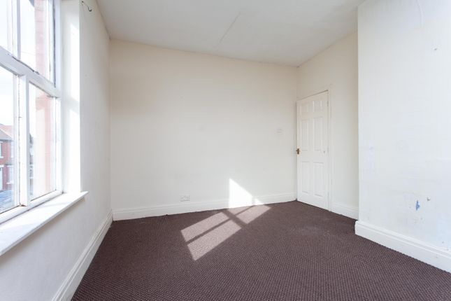 Bedroom 1 of Addison Road, Fleetwood FY7