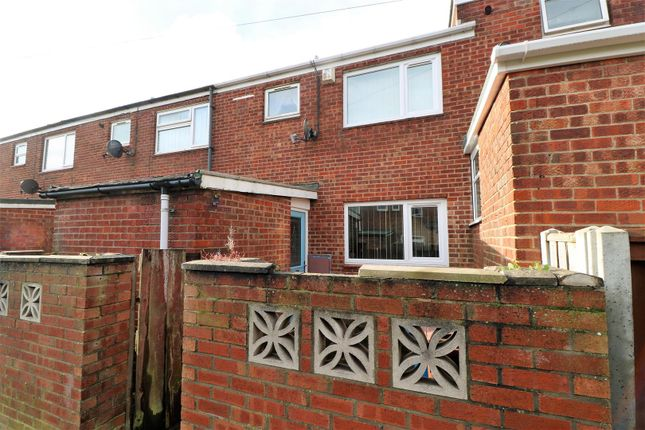 Thumbnail Terraced house for sale in Kinderscout Close, Bransholme, Hull