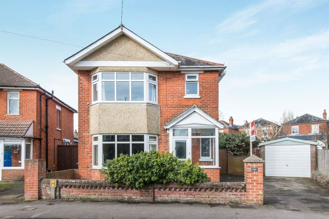 Thumbnail Detached house for sale in Wilton Crescent, Shirley, Southampton