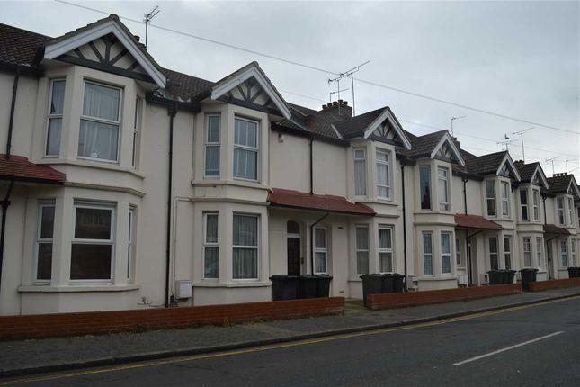 Thumbnail Flat to rent in Highfield Road, Dartford