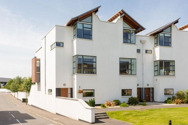 Thumbnail Town house for sale in 6 Brighouse Park Cross, Cramond