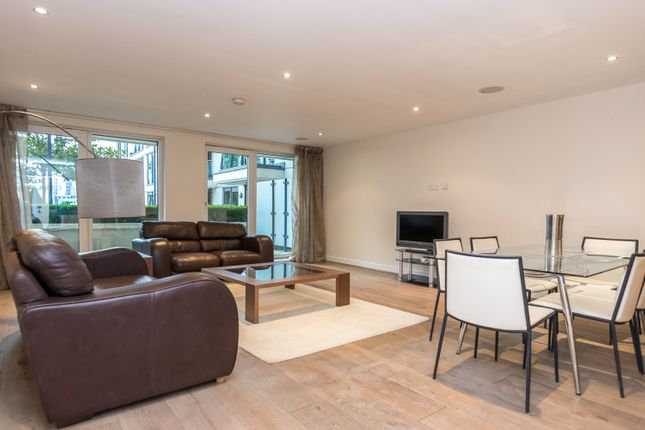 2 bed flat to rent in Mahogany House, Imperial Wharf