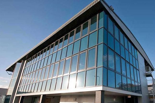 Serviced office to let in Falcon House, Plymouth