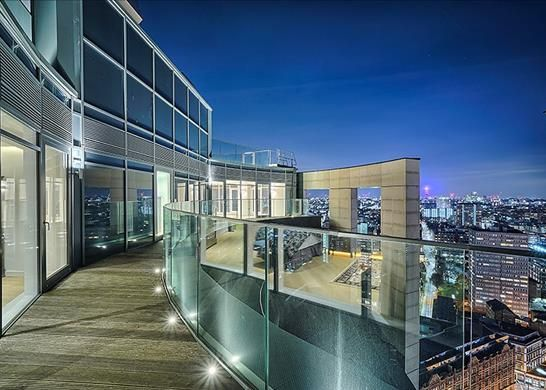 Thumbnail Flat to rent in Eagle Point, London