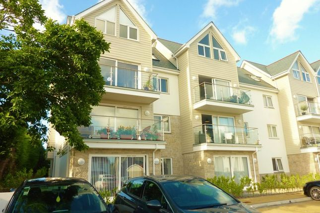 Thumbnail Flat to rent in Alexandra Road, St. Austell
