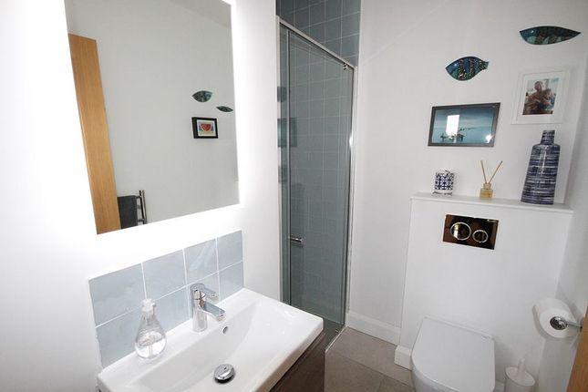 Shower Room of Darlings Lane, Pinkneys Green SL6