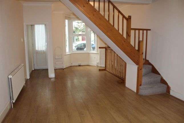 Thumbnail Property to rent in Shrubbery Road, London