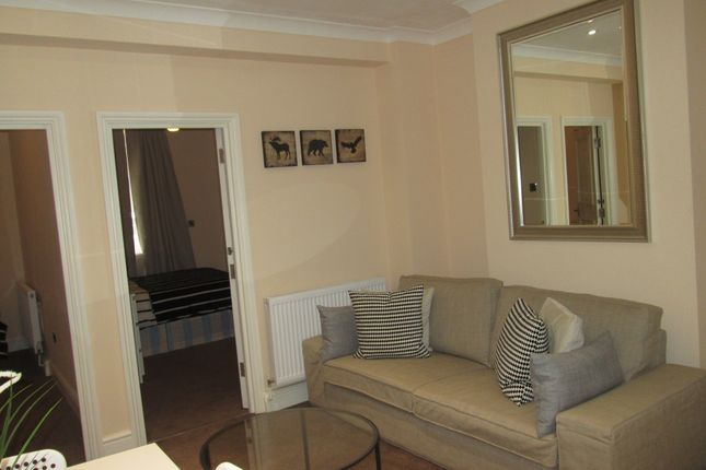 2 bed flat to rent in Holborn Covent Garden Central London  Central London2 bed flat to rent in Holborn Covent Garden Central London  . 2 Bedroom Flats For Rent In Central London. Home Design Ideas