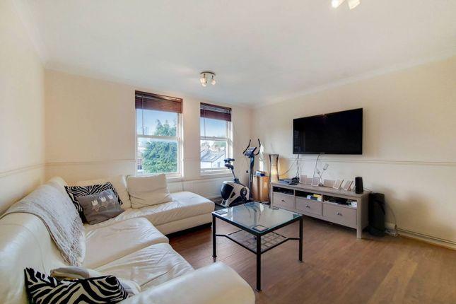 1 bed flat for sale in Shepperton Road, Islington, London N1