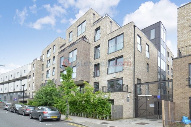 Thumbnail Flat for sale in Axio Way Bow, London