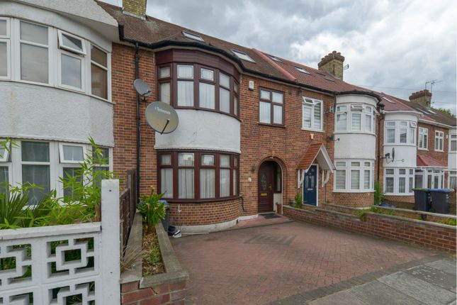 Thumbnail Terraced house for sale in Weir Hall Gardens, London