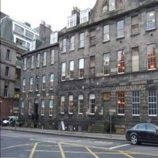Serviced office to let in South Charlotte Street, New Town, Edinburgh