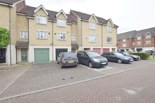 Thumbnail Property to rent in Pearcy Close, Harold Hill, Romford