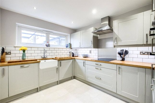 2 bed flat for sale in Kennedy Square, Leamington Spa, Warwickshire CV32