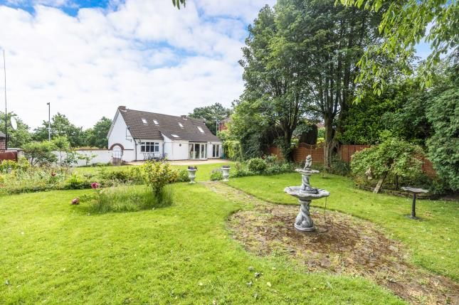 Thumbnail Bungalow for sale in Aldridge Road, Streetly, Sutton Coldfield, West Midlands