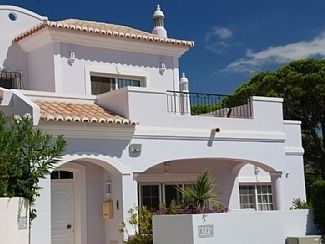 3 bed end terrace house for sale in Vale Do Lobo, Algarve, Portugal