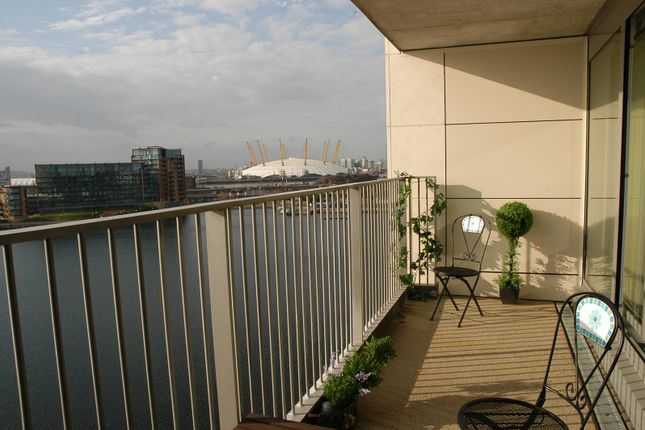 Thumbnail Flat to rent in Aegean Apartments, Docklands