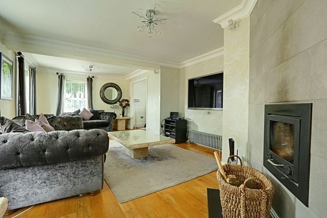 Thumbnail Detached house for sale in Riplingham Road, West Ella, Hull