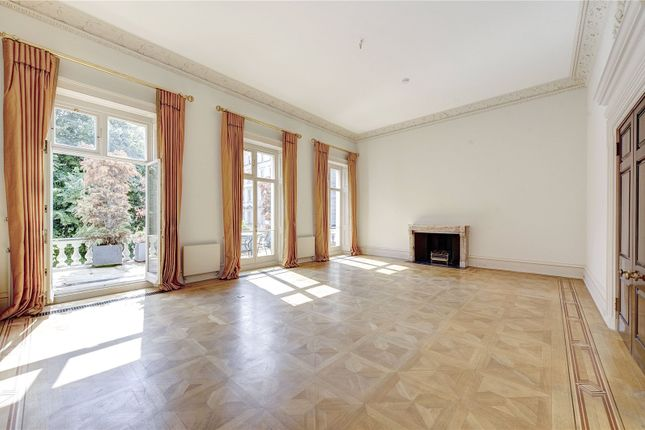 Thumbnail Flat to rent in Eaton Square, Belgravia, London