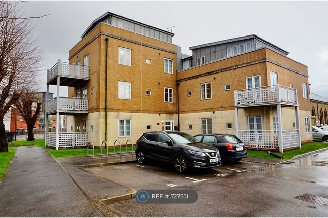 Thumbnail Flat to rent in St. Georges Walk, Gosport