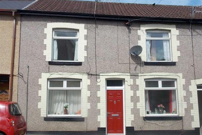 Flat to rent in Llantrisant Road, Graig, Pontypridd
