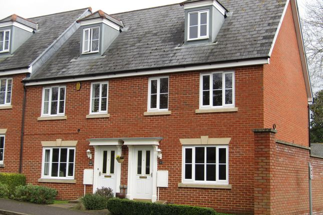 Thumbnail Detached house to rent in Veitch Close, St. Leonards, Exeter