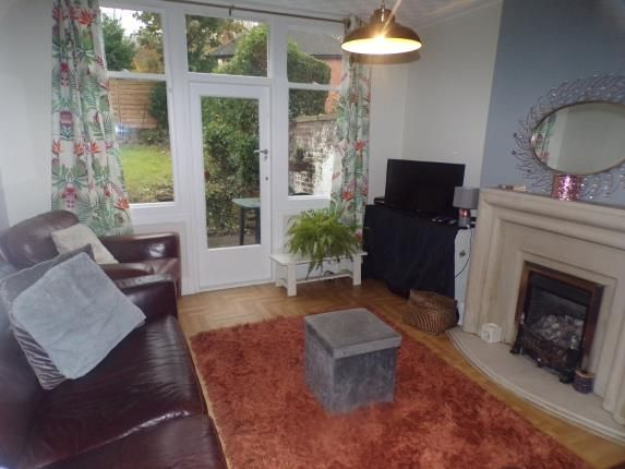 Lounge of Costock Avenue, Nottingham, Nottinghamshire NG5