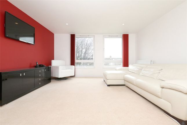 Thumbnail Flat for sale in Crown Close, Winkfield Road, London