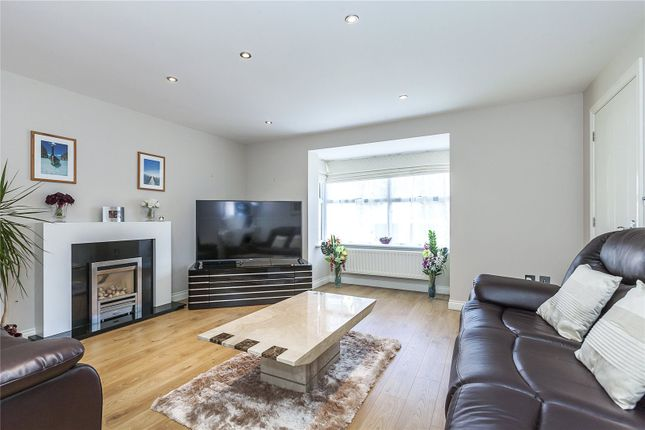 Thumbnail Detached house for sale in Blenheim Close, London