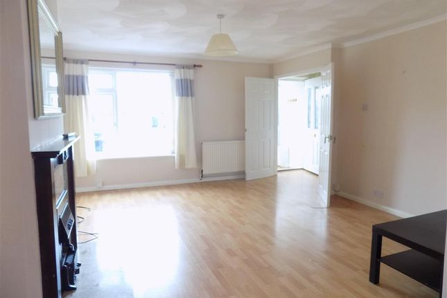 Thumbnail Property to rent in Seven Sisters Road, Willingdon, Eastbourne