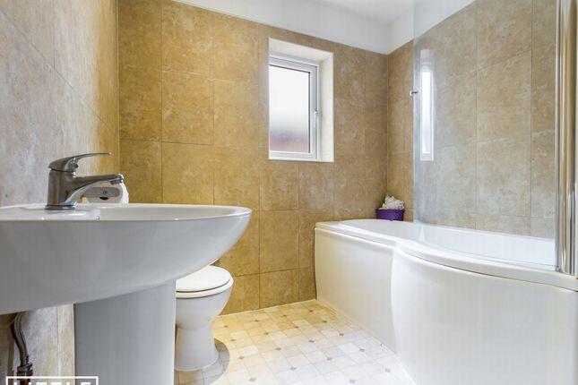 Bathroom of Keswick Road, St. Helens WA10