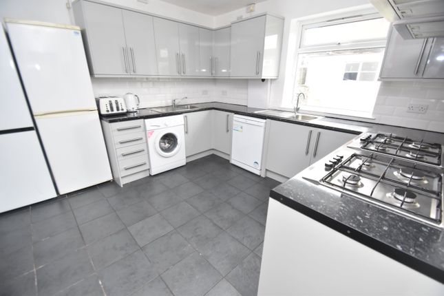 Thumbnail Property to rent in Harriet Street, Cathays, Cardiff